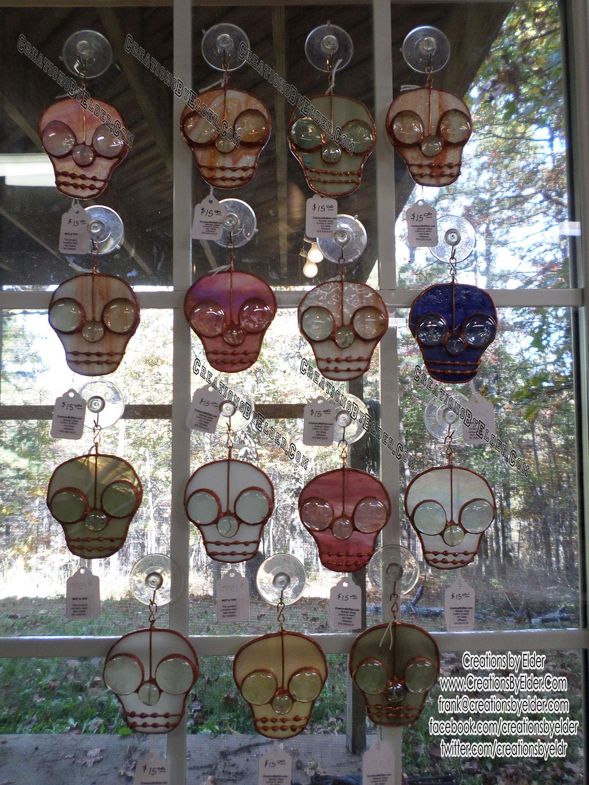 stained glass suncatcher sg skullz skulls